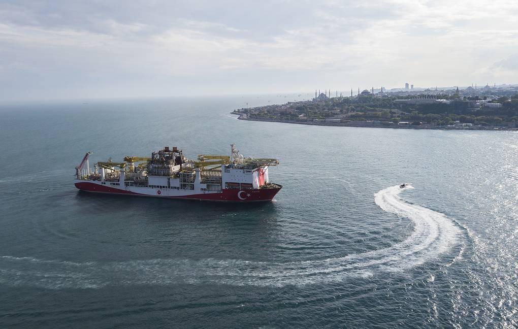 Турецкое буровое судно